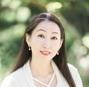 Motoko Katayama, Associate Marriage & Family Therapist (AMFT)